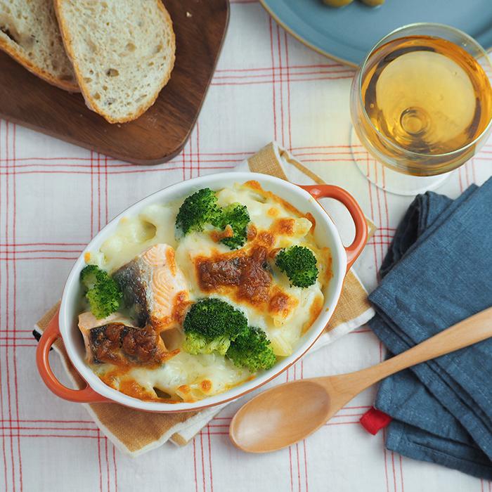 ボリュームのあるグラタン料理も たっぷりサイズの耐熱皿