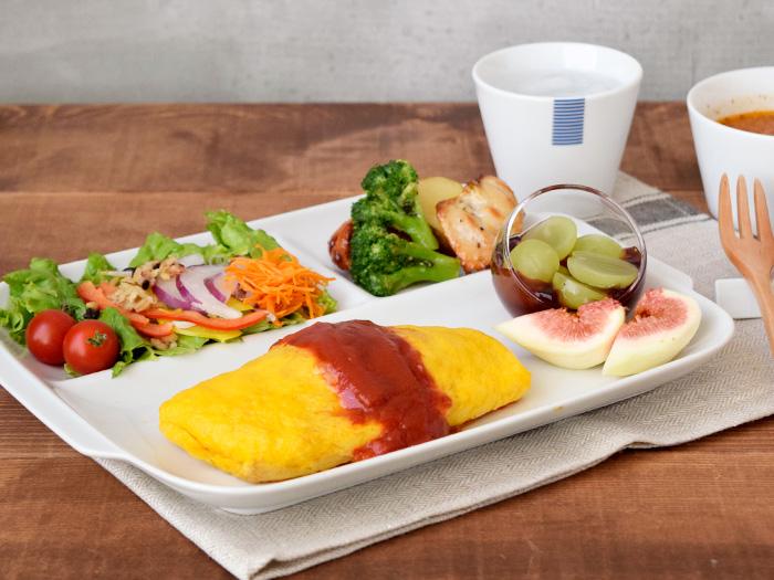 便利なランチプレート三つ仕切り皿の白い食器