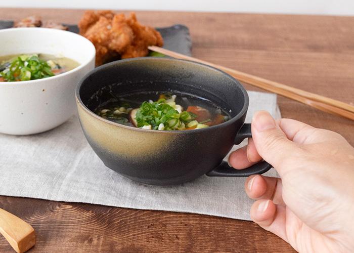 和の趣たっぷりな石目模様のスープカップ