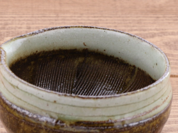 (セット)趣き深い色合い 片口すり鉢(小)、すりこぎ