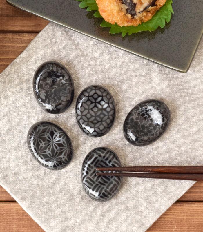 高級感のある日本の伝統模様。モダンな箸置き。