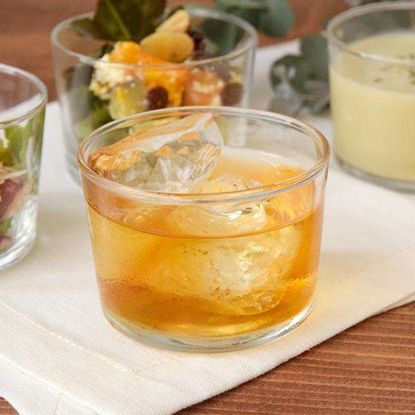 お茶やジュース用のドリンクカップ、グラスとしても活躍。