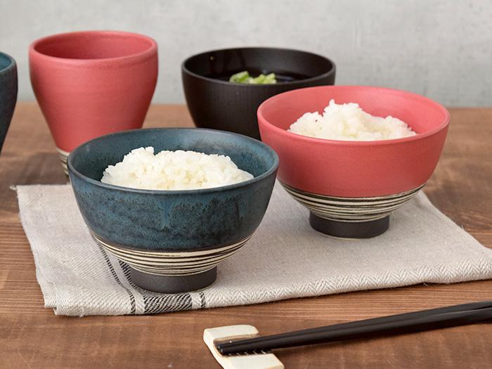 和風カジュアルなデザインが食卓をにぎわせてくれますよ。