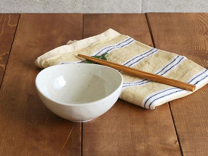 煮物鉢 まゆ型 粉引